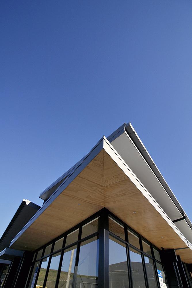 iLine-Commercial-Tauriko-Convenience_Centre-01