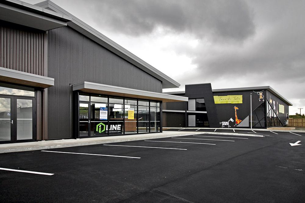 iLine-Commercial-Tauriko-Convenience_Centre-02