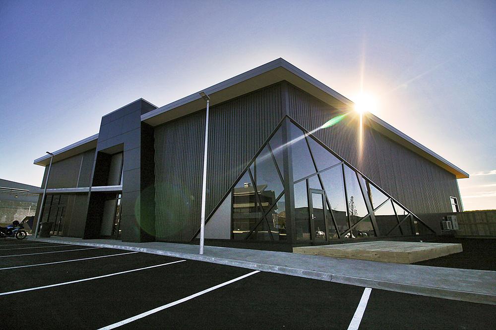 iLine-Commercial-Tauriko-Convenience_Centre-04