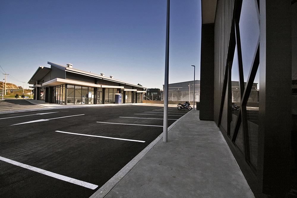 iLine-Commercial-Tauriko-Convenience_Centre-06