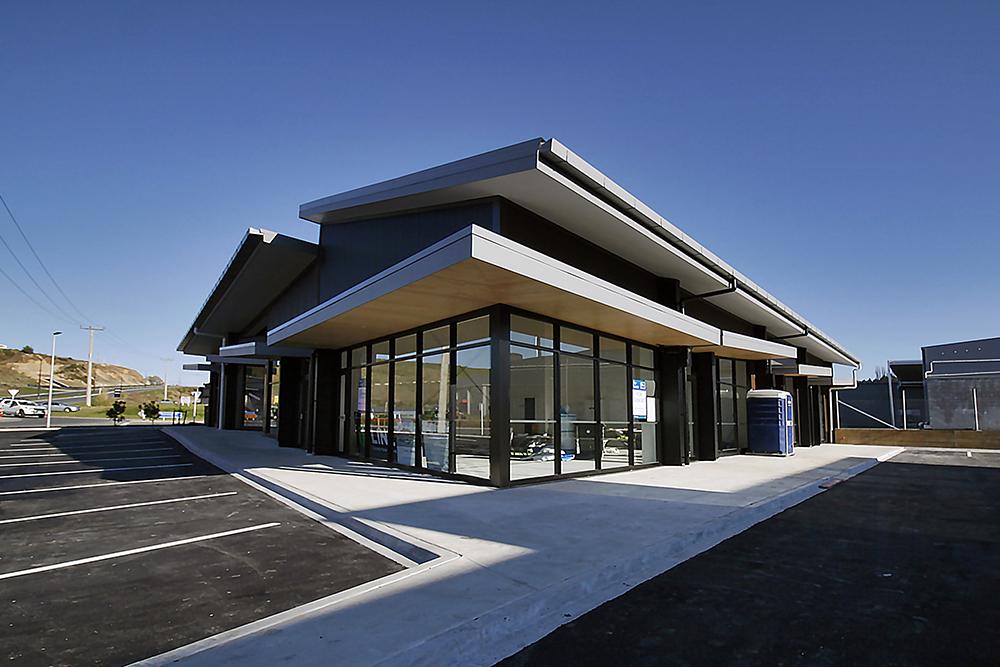 iLine-Commercial-Tauriko-Convenience_Centre-07